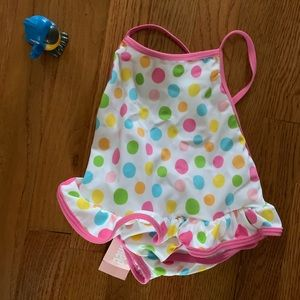 NWT GYMBOREE BATHING SUIT. SUPER CUTE POLKA DOTS